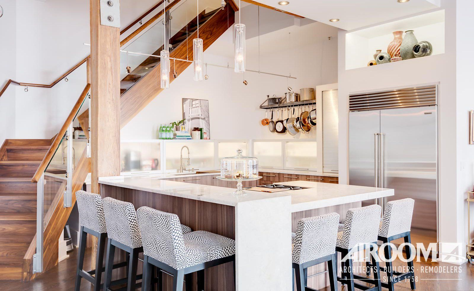 Kitchen Remodel: 3 Ways To Maximize Space